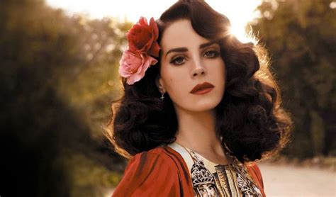 YOUNG AND BEAUTIFUL - Lana Del Rey | Letras